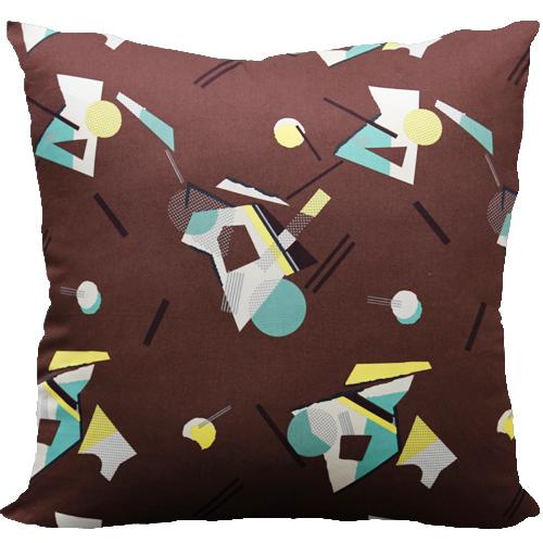 [Oi] 브라운컬러의 기하학 패턴 쿠션 스페이스 브라운 (space brown)